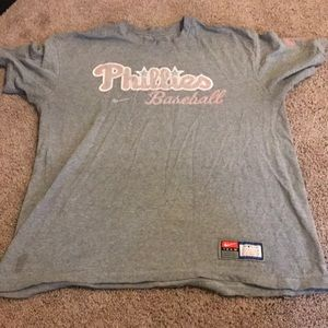 Men's Nike Philadelphia Phillies tee size M